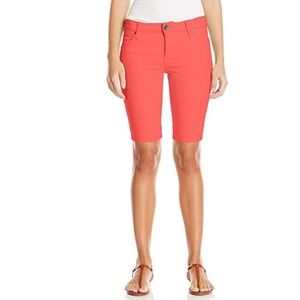 Kut from the Kloth Natalie Bermuda shorts in coral